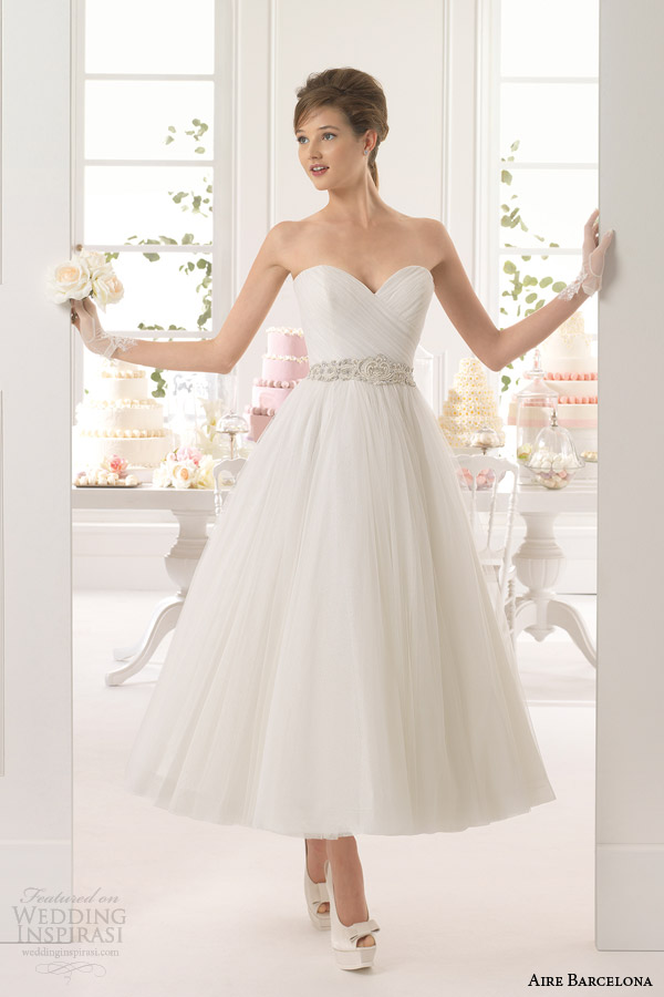 aire barcelona 2015 bridal aster strapless sweetheart angle tea length wedding dress