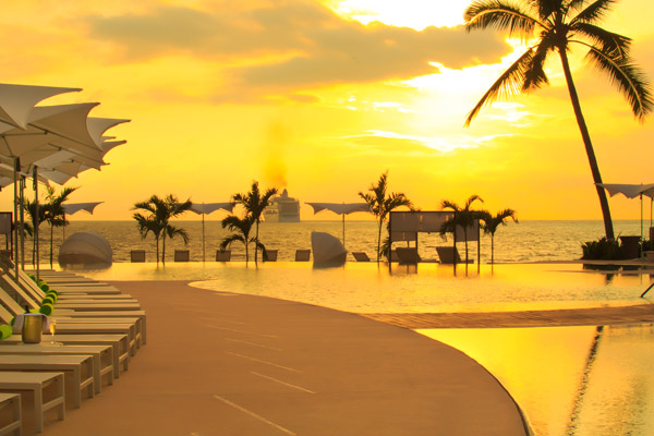 hilton puerto vallarta mexico beautiful sunset pacific ocean