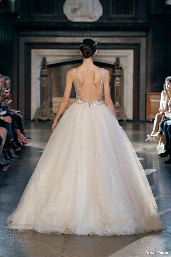 inbal dror fall winter 2015 bridal gown 19 sleeveless blush peach tulle ball gown wedding dress low back view