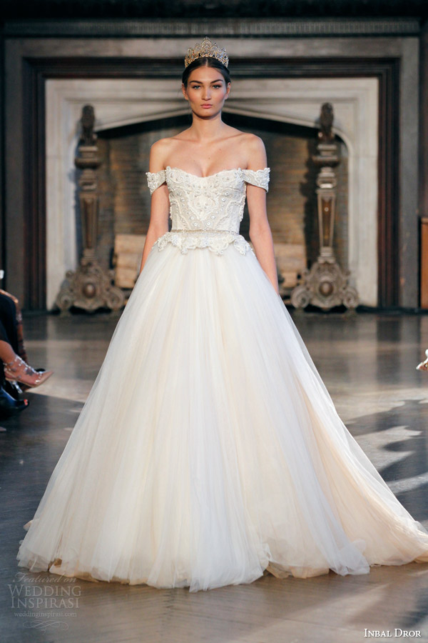 Inbal dror fall 2015 wedding dresses wedding inspirasi for Off the shoulder ball gown wedding dress
