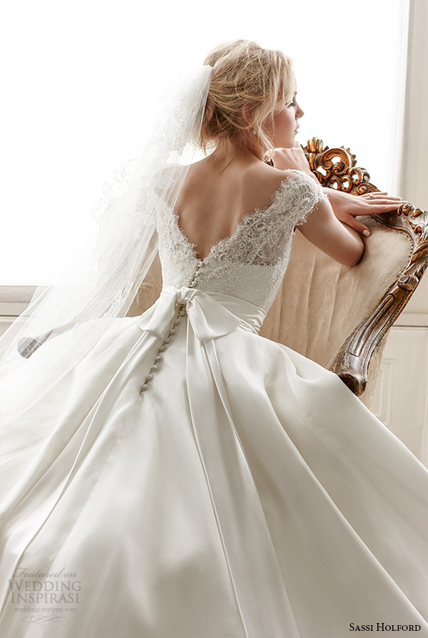 sassi holford wedding dress 2015 bridal signature collection lace boat neckline cap sleeves  a line style alexandra back zoom close up