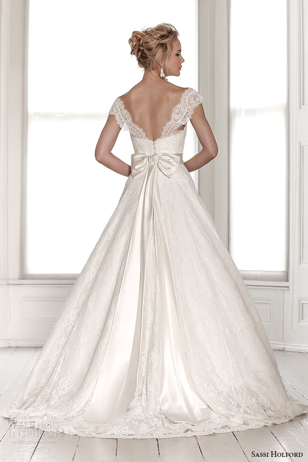 sassi holford wedding dress 2015 bridal signature collection sweetheart neckline tapered lace strap with sash a line dress style saskia back