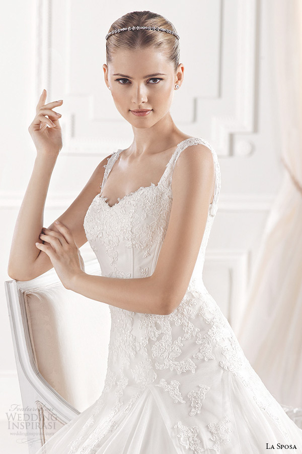 la sposa bridal 2015 wedding dress with straps sleeveless sweetheart neckling a line chapel train wedding gown elmina closeup