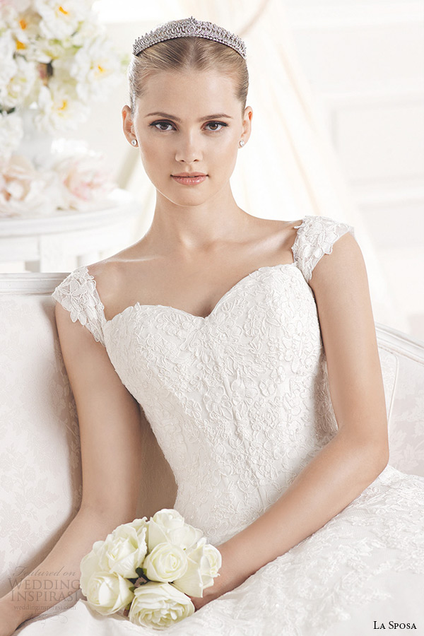 la sposa bridal 2015 wedding dress with straps sleeveless sweetheart neckling ball gown enelsa closeup
