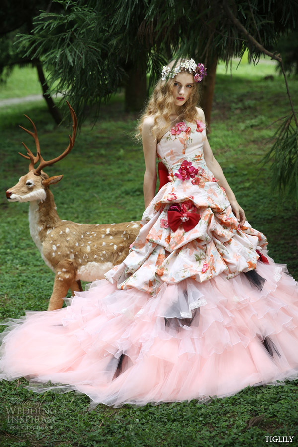 bridal amore japan tiglily spring 2015 collection strapless floral print pink flower wedding dress style c135