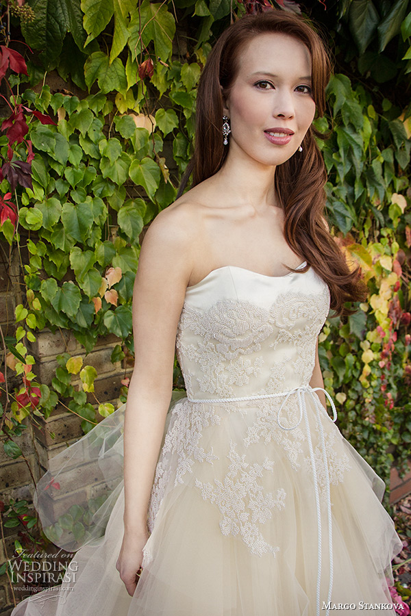 margo stankova 2015 bridal wedding dresses strapless sweetheart neckline spale peach tullet net beaded lace a line gown peony closeup