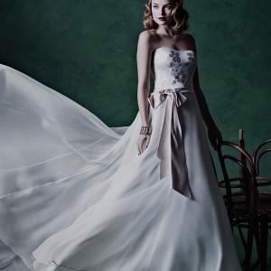 alan hannah wedding dress 2015 bridal summer strapless straight across a line gown hand painted silk bodice silk organza skirt