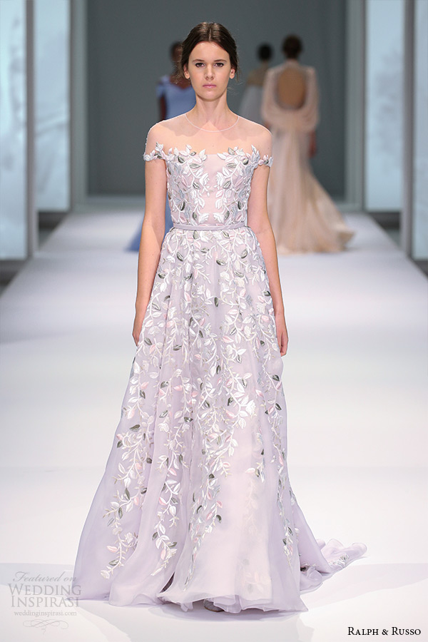 ralph and russo spring 2015 couture collection off the shoulder flora applique purple a line gown