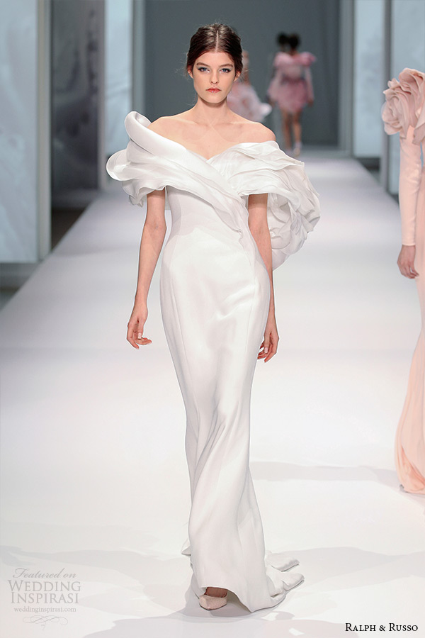 ralph and russo spring 2015 couture collection off the shoulder fluffy petal neckline white sheath dress