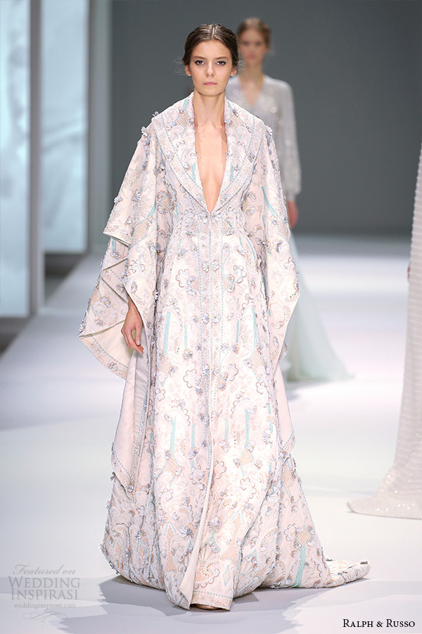 ralph and russo spring 2015 couture collection plunging neckline kaftan embroidery dress