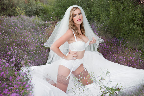 albuquerque new mexico bridal boudoir beauty wedding shoot stephanie stewart photography 18 lingerie veil ring gater stockings