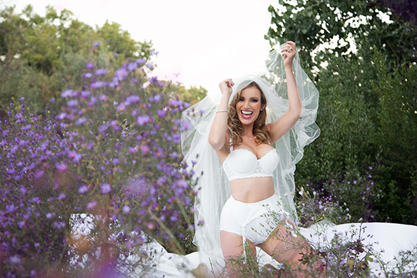 albuquerque new mexico bridal boudoir beauty wedding shoot stephanie stewart photography 20 lingerie veil ring fun shot laugh