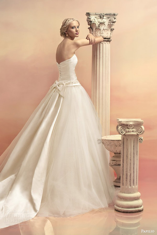 Papilio 2015 wedding dresses hellas bridal collection for Detachable train wedding dress