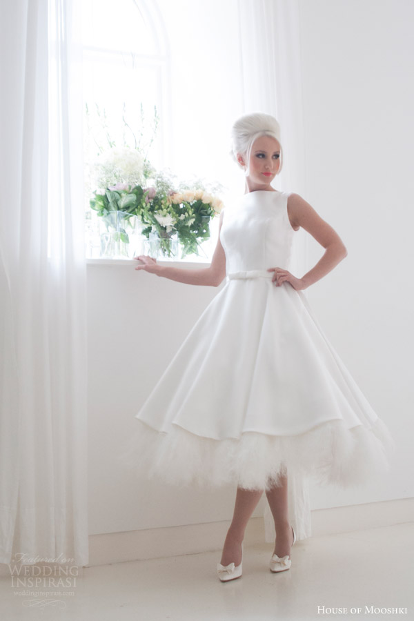 House of mooshki 2016 wedding dresses wedding inspirasi for Wedding dress with ostrich feathers