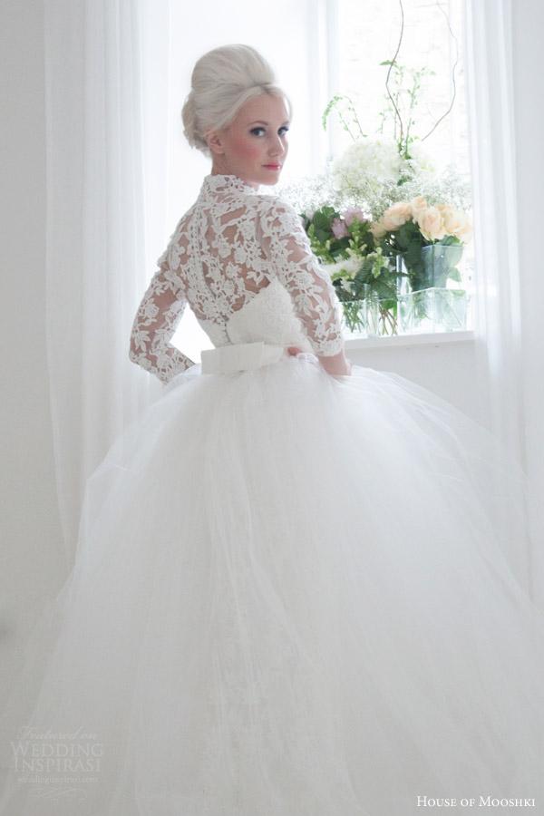 house of mooshki bridal 2016 eleanor grace kelly vintage inspired lace column wedding dress illusion tulle lace neckline sleeves overlay skirt back close up