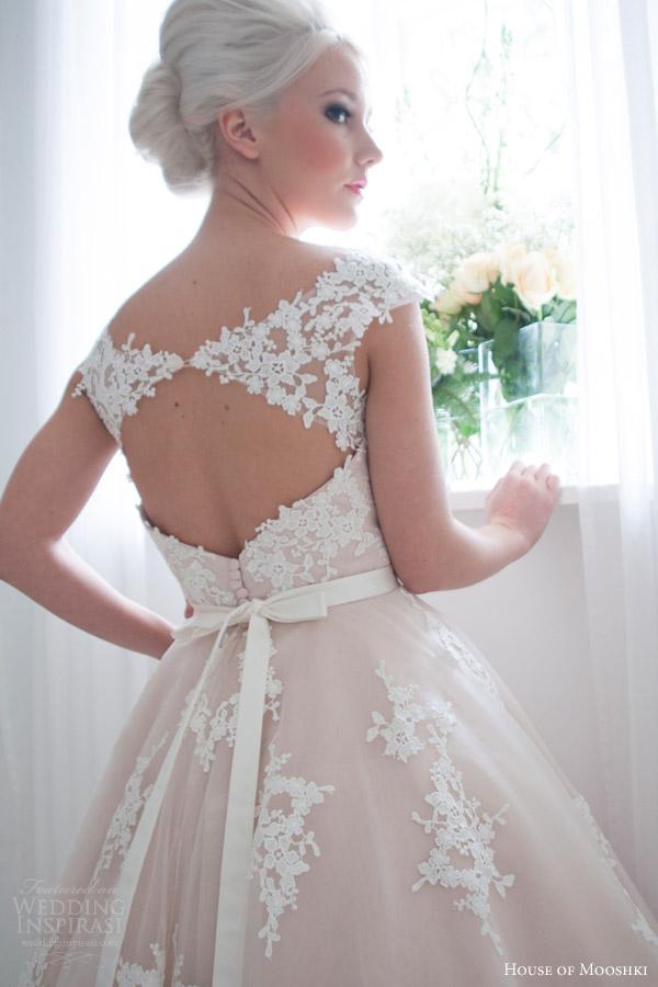 house of mooshki bridal 2016 leonora blush cap sleeve tea length wedding dress guipure lace tulle keyhole back close up