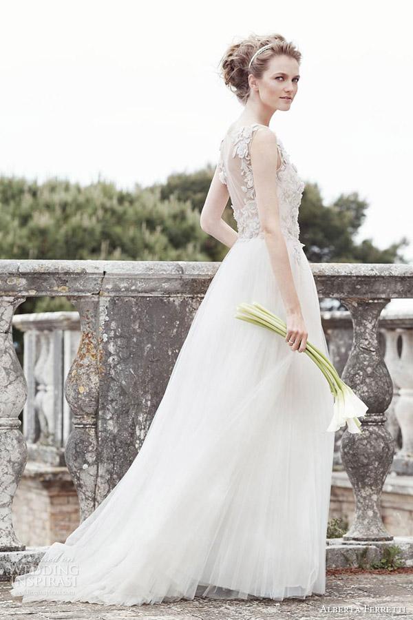 alberta ferretti bridal spring 2016 era sleeveless wedding dress illusion back lace
