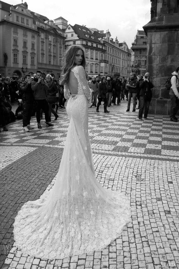 Berta Bridal Fall 2015 Wedding Dresses | Wedding Inspirasi - photo #29