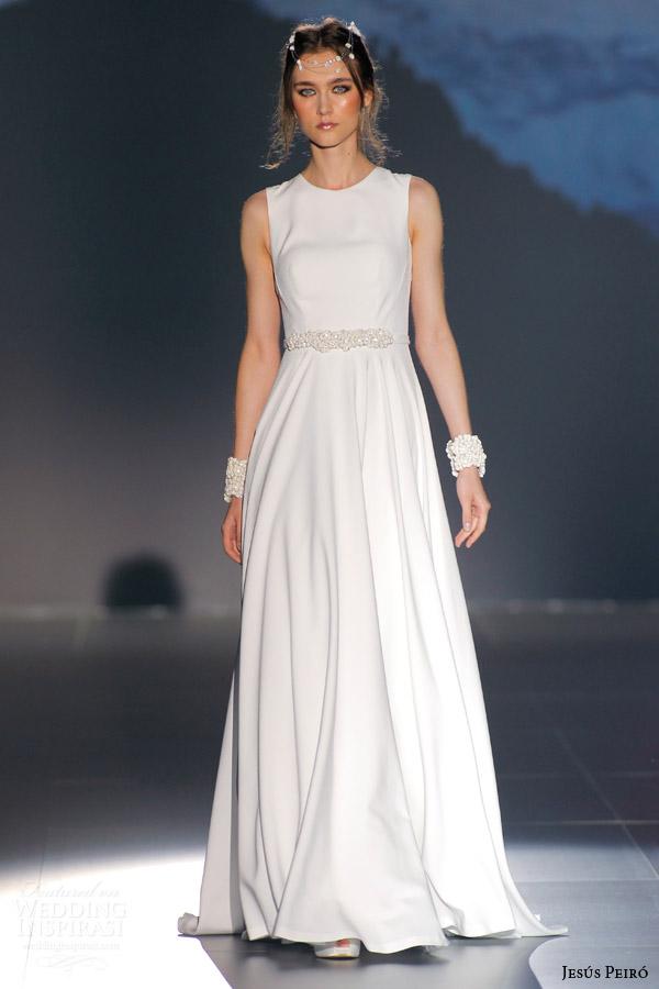 Buy Wedding Gown Online 30 Beautiful jesus peiro nanda devi