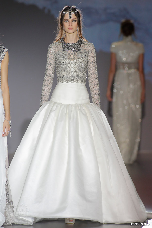 Jesus peiro 2016 wedding dresses nanda devi bridal for Drop sleeve wedding dress