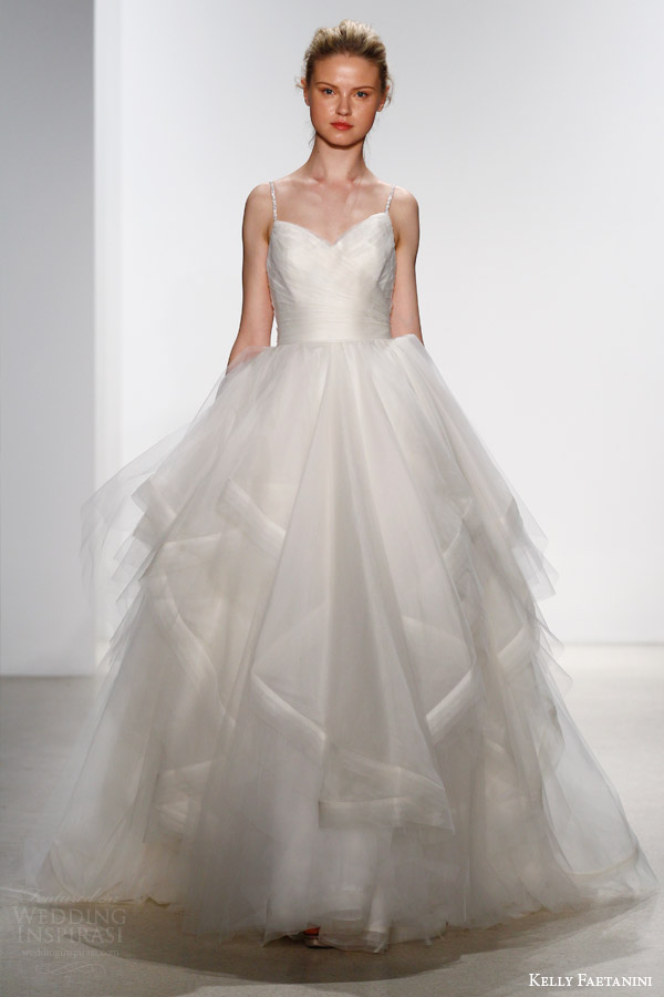 Kelly Faetanini Bridal Spring 2016 Wedding Dresses | Wedding Inspirasi