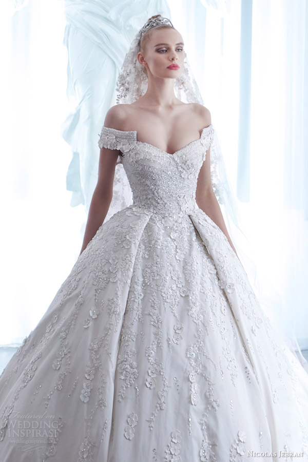 Gebran tawk wedding dress