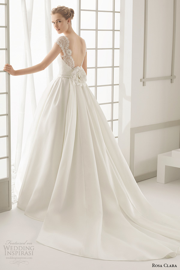 rosa clara 2016 bridal collection bateau neckline short sleeves wedding ball gown dress low cut back daroca back view