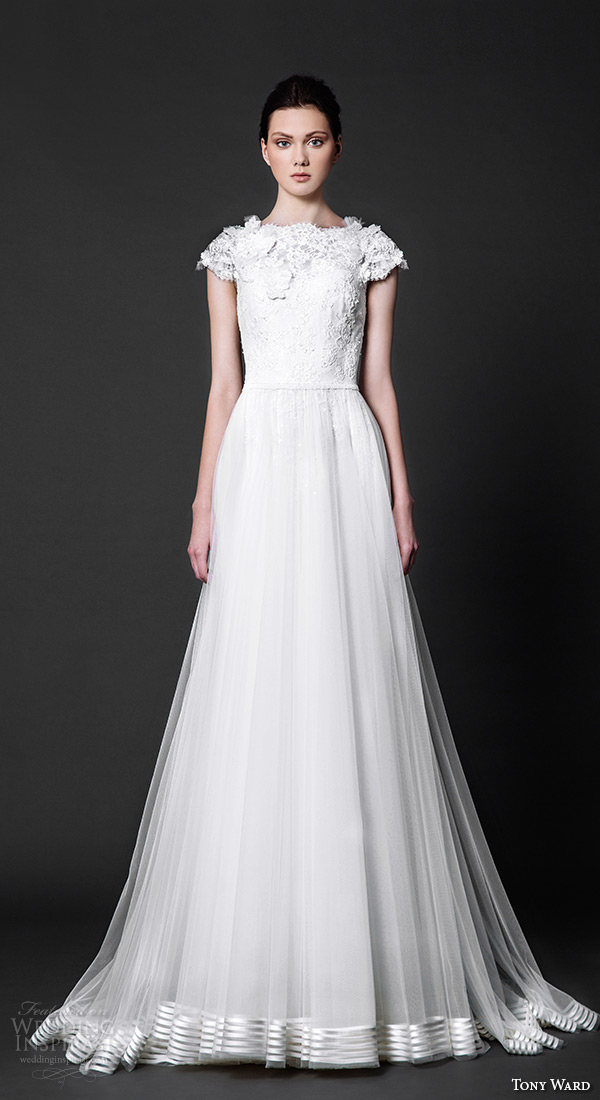 tony ward 2016 bridal cap sleeves jewel neckline lace bodice tulle skirt a line wedding dress colombine