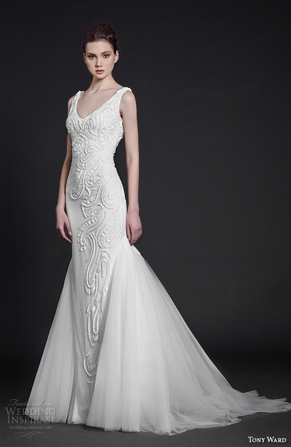 tony ward 2016 bridal v neckline filigree embroidery sheath wedding dress tulle mermaid overskirt poppy