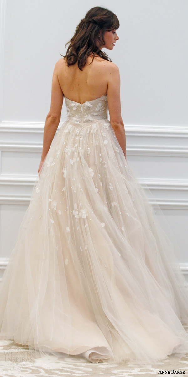 anne barge spring 2016 couture bridal tuileries strapless ball gown wedding dress draped tulle three dimensional beading embroidery runway back view train
