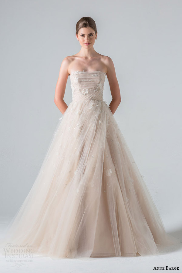 anne barge spring 2016 couture bridal tuileries strapless ball gown wedding dress draped tulle three dimensional beading embroidery