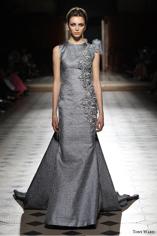 tony ward couture fall winter 2015 2016 look 10 silver gray sleeveless sheath dress high neckline crystal applique