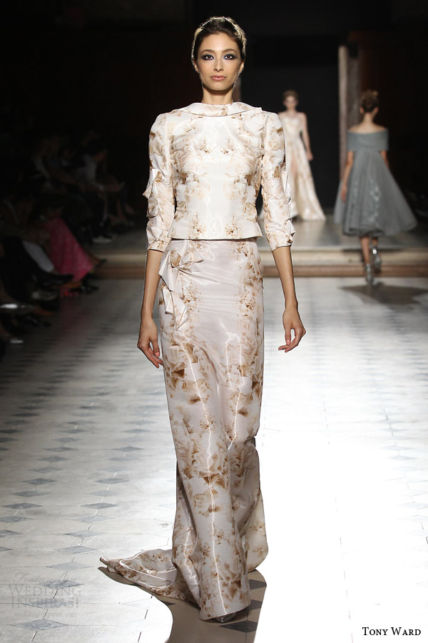 tony ward couture fall winter 2015 2016 look 15 two piece gown print