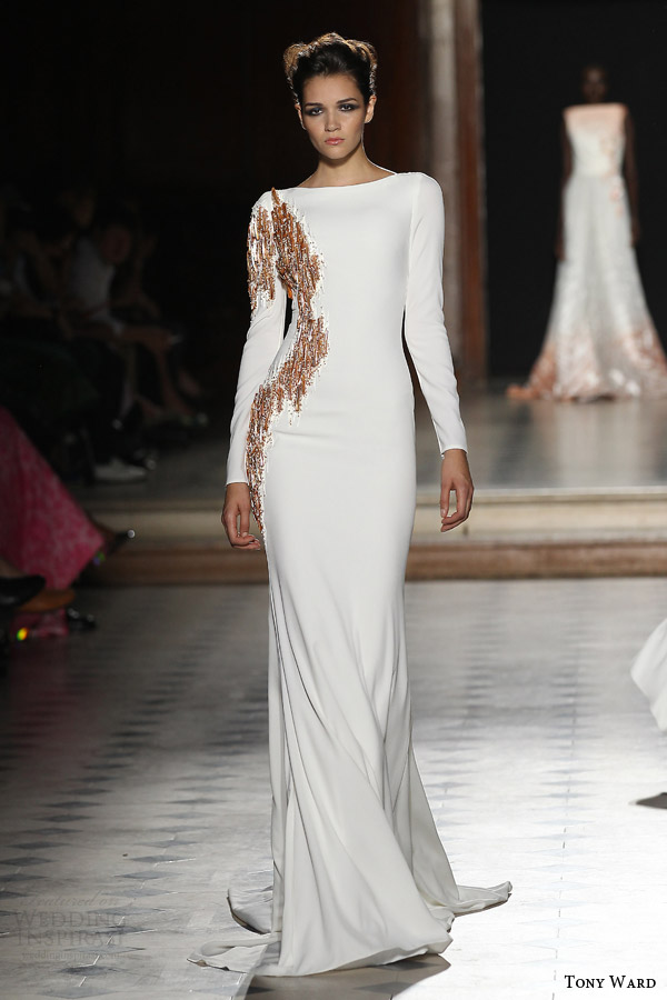 tony ward couture fall winter 2015 2016 look 21 long sleeve bateau neck haute couture gown embellished