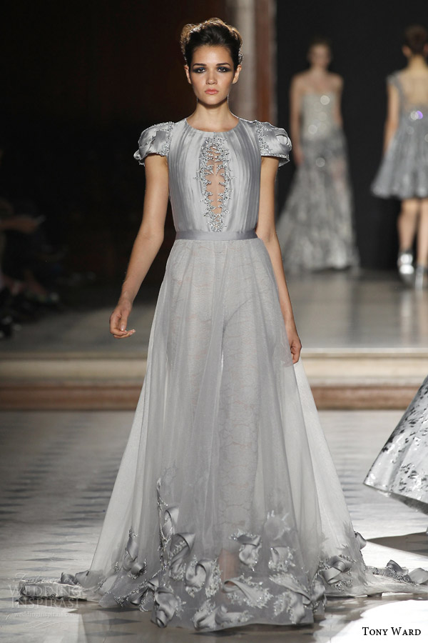 tony ward couture fall winter 2015 2016 look 37 puff short sleeve gray haute couture dress a line sheer over skirt