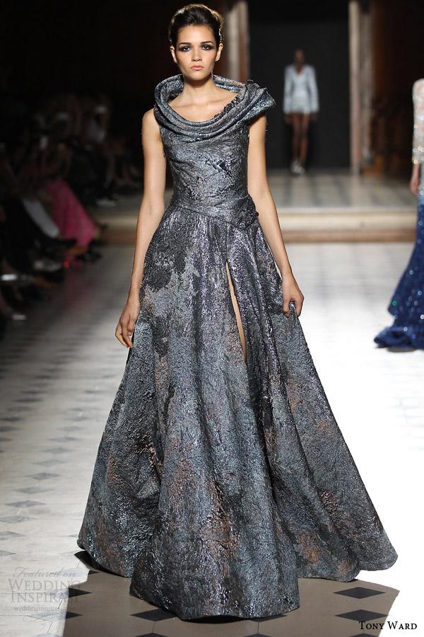 tony ward couture fall winter 2015 2016 look 8 metallic ball gown wedding dress slit skirt