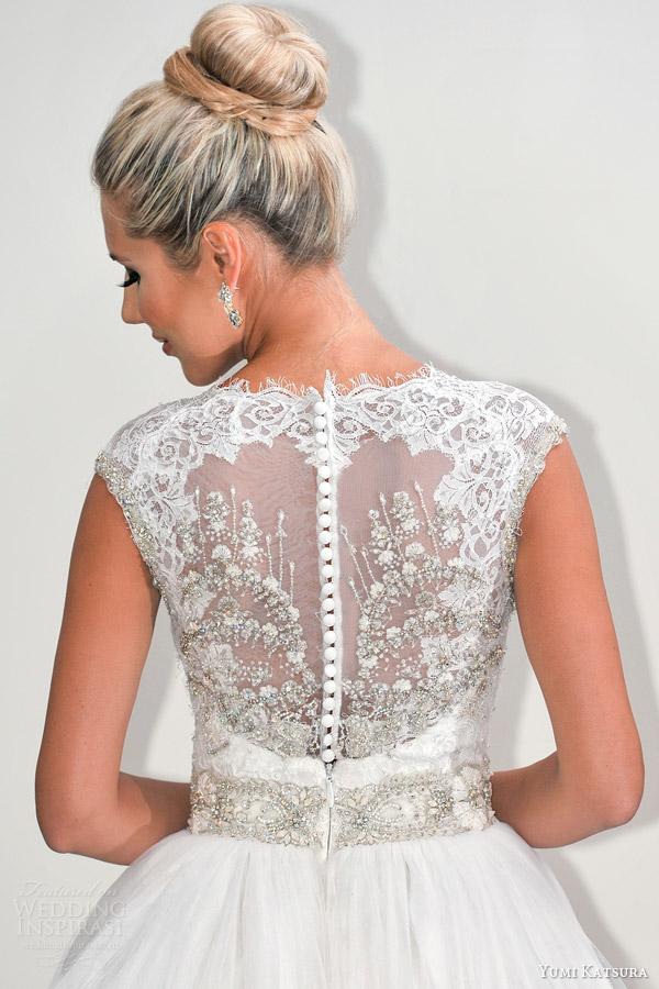 yumi katsura s2016 bridal sleeveless illusion jewel neckline ball gown wedding dress belinda runway back close up 1