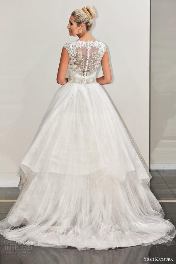 yumi katsura s2016 bridal sleeveless illusion jewel neckline ball gown wedding dress belinda runway back