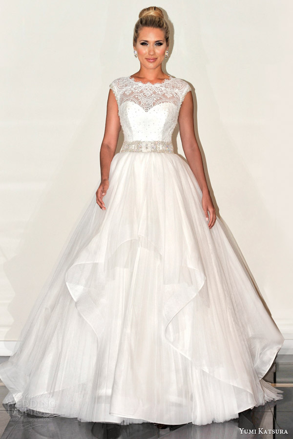 yumi katsura s2016 bridal sleeveless illusion jewel neckline ball gown wedding dress belinda runway
