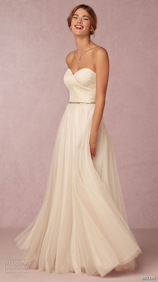 Wedding Dresses Modified A Line : Sweetheart neckline romantic modified a line wedding dress calla gown