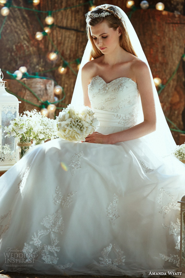 amanda wyatt 2016 bridal dresses pretty a  line wedding dress strapless sweetheart neckline beaded bodice tulle skirt precious