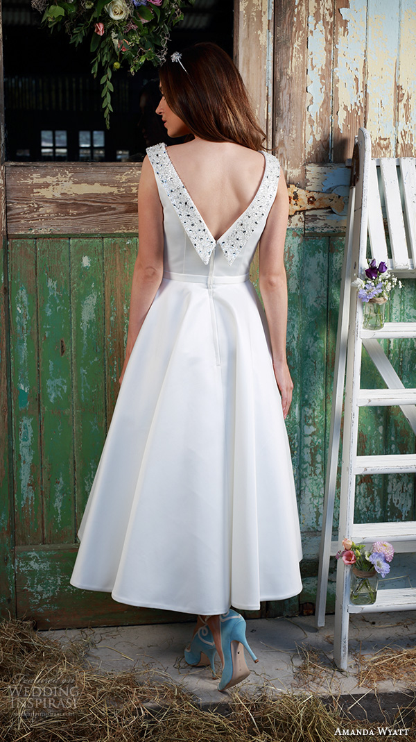 Amanda wyatt 2016 wedding dresses promises of love for Simple tea length wedding dresses