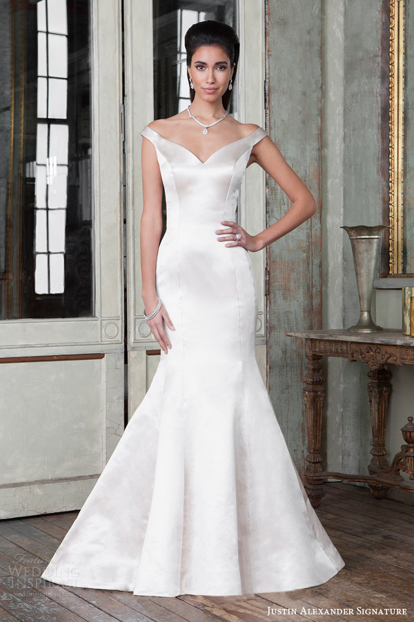 Justin alexander signature spring 2016 wedding dresses for Sleek wedding dresses with sleeves