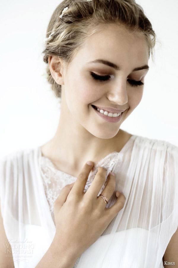 kisui 2016 oui bridal collection vivian sleeveless romantic bohemian wedding dress