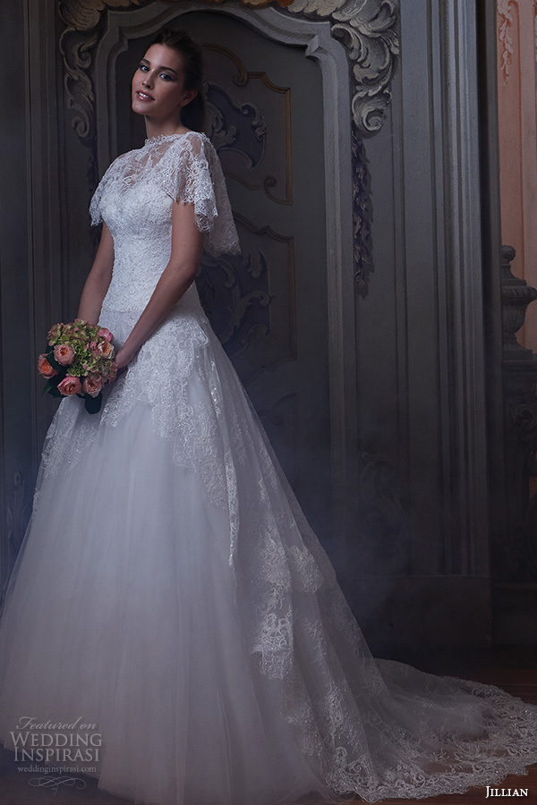 Jillian 2016 Bridal Gowns Optional Lace Capelet Butterfly Sleeves V Neck Straps A Line Ball Gown