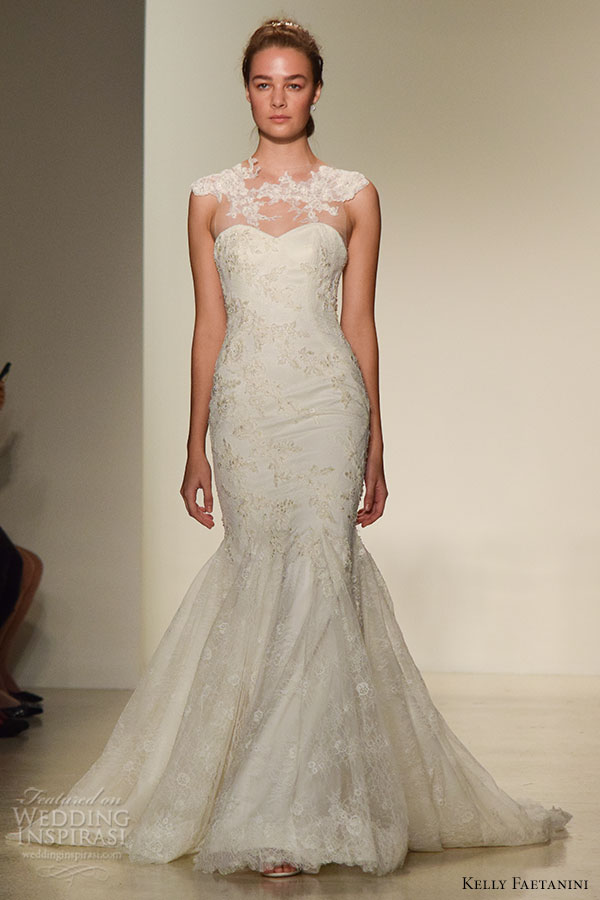 Kelly Faetanini Fall 2016 Wedding Dress Bridal Week Runway Fashion Beautiful Mermaid Gown Trumpet Fit To