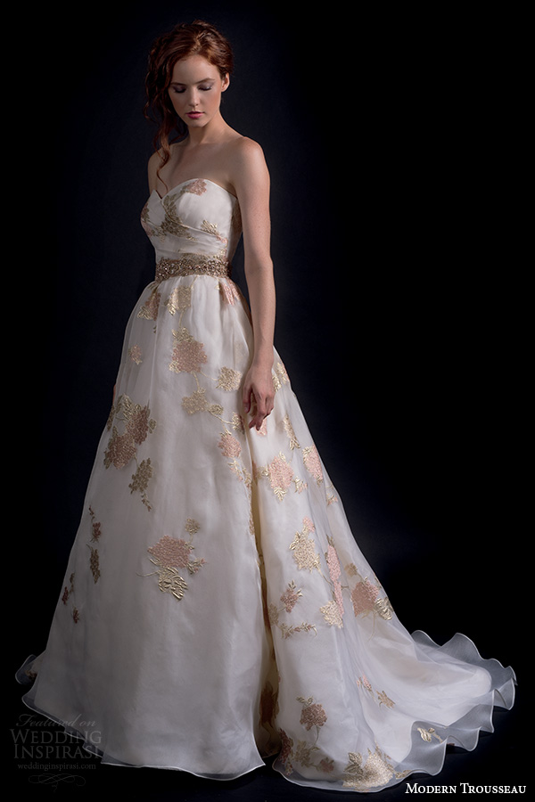 Modern trousseau fall wedding dresses inspirasi