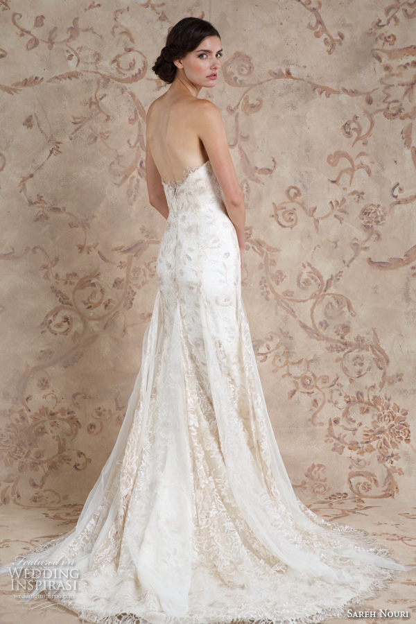 Sareh nouri fall 2016 wedding dresses wedding inspirasi for Sweetheart neckline fit and flare wedding dress