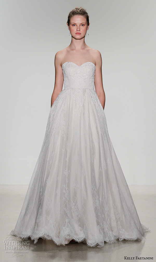Wedding dress new york 2016 for Wedding dress boutiques in nyc