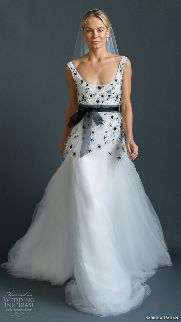 Wedding Dresses With Black Accents | Good Dresses